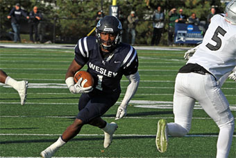 Wesley College Football >> Wesley College Shade Named Brooks Irvine Diii Player Of